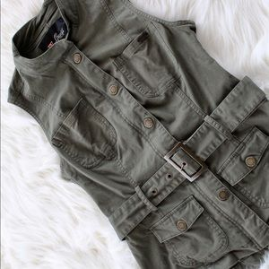 Guess Fitted Vest